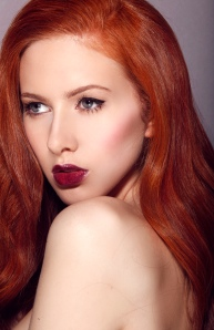 Scarlett Howard red hair model